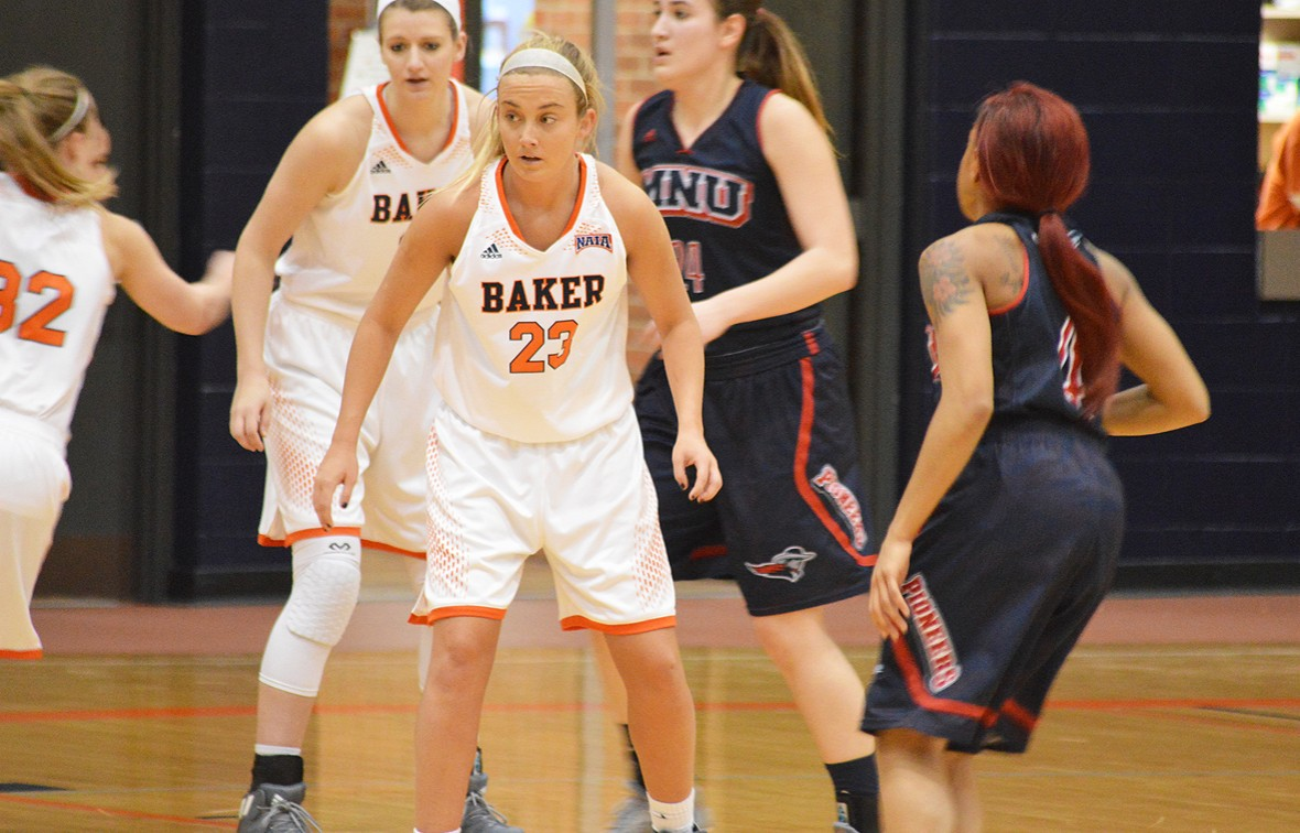 Sydnie Hanson led all players with 15 points on Friday night