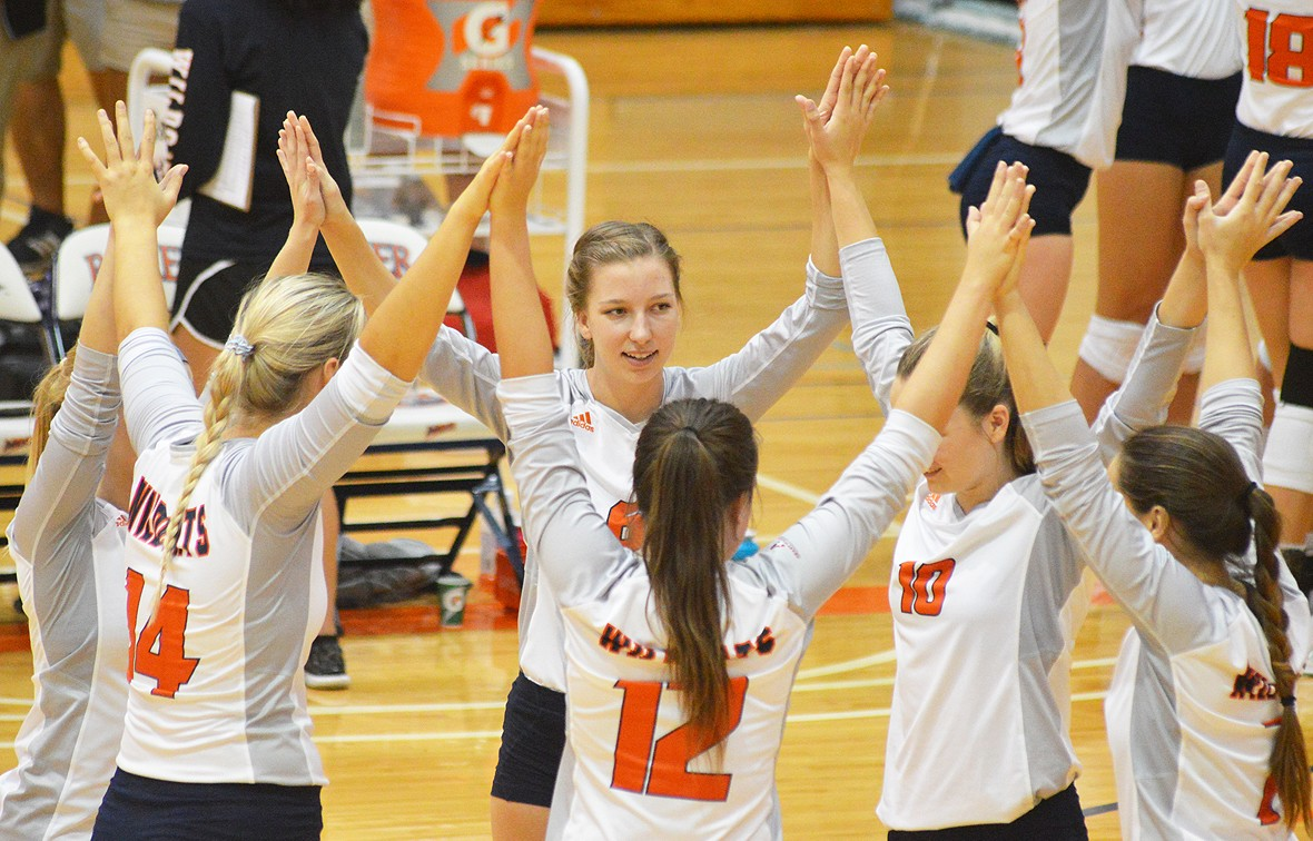 Photo for Baker Defense Stifles William Penn in Wildcat Sweep